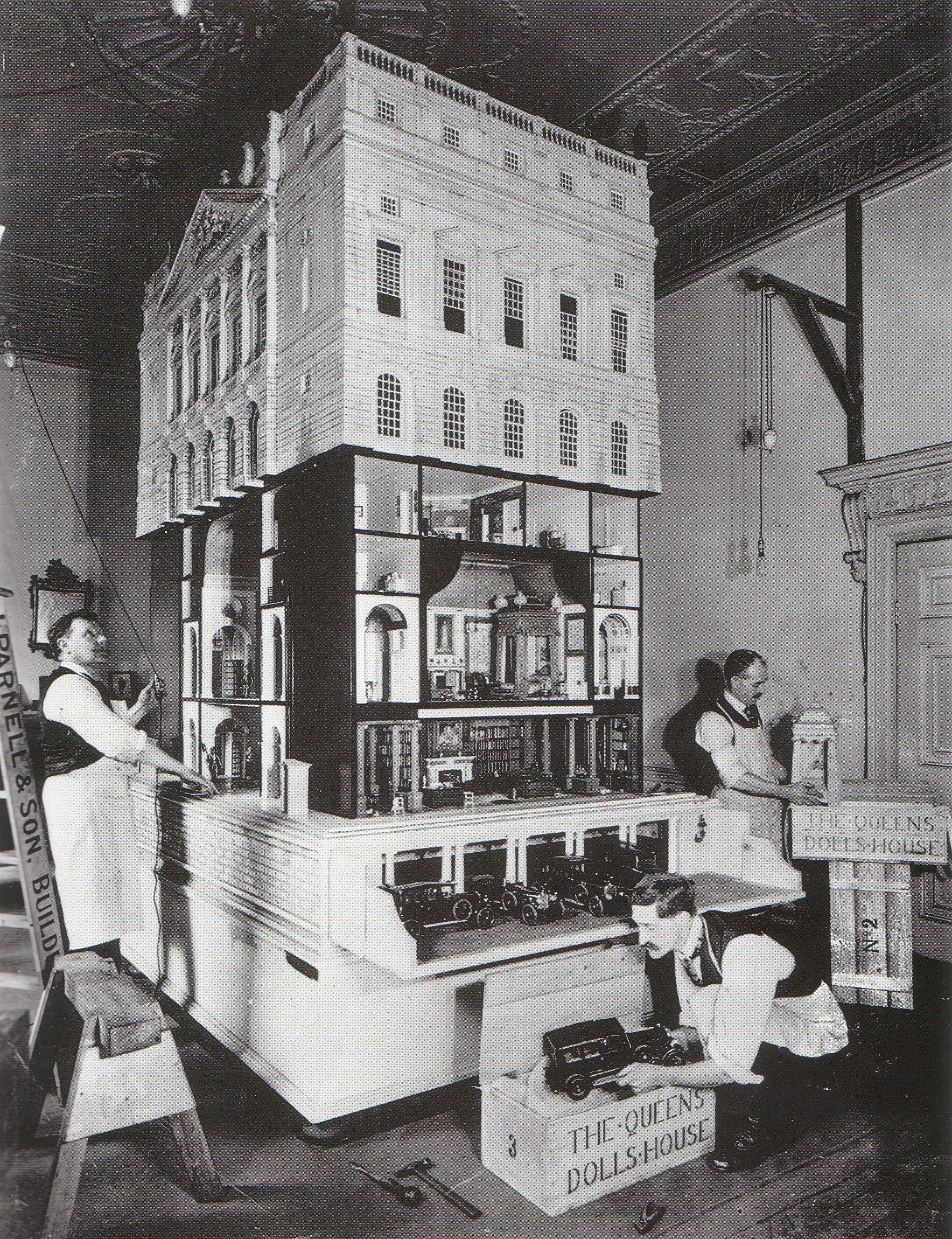 Queen Mary S Dolls House Warner Textile Archive
